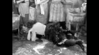 """Suzy Delair et Maria Schell dans """"Gervaise"""" (de René Clément, 1956)"""