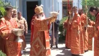 Глава Ташкентской епархии посетил храмы Газалкента