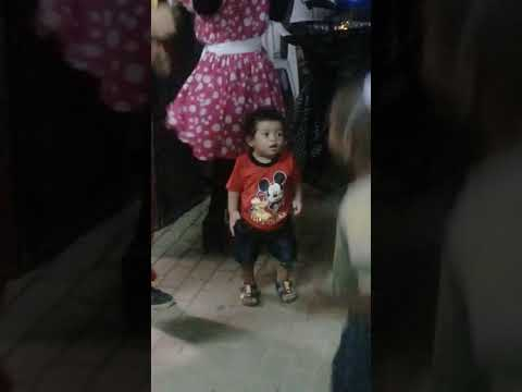 15months baby boy dancing gangnam style