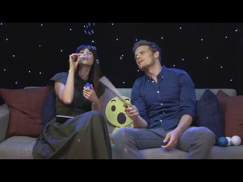 Outlander | Interviews ~ Sam Heughan & Caitriona Balfe Facebook Live Q&A
