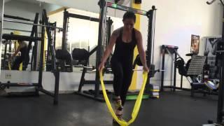 Baixar Faixa Elástica - Exercício para Tríceps