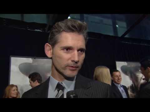 """Lone Survivor: Eric Bana """"Lt. Cmdr. Erik S. Kristensen"""" NYC Premiere Interview"""