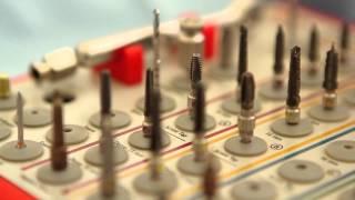 Сколько стоит имплантация зубов? Говорит ЭКСПЕРТ(, 2012-06-21T11:25:49.000Z)