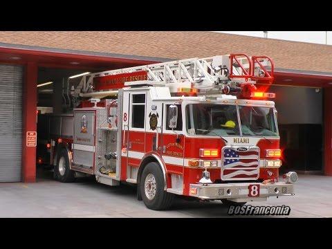 Laddertruck 8 Coconut Grove Miami Fire Rescue