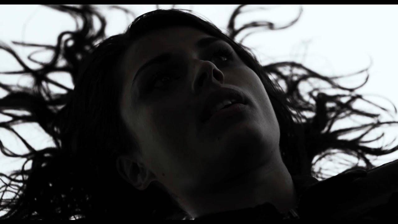 Under The Skin - Clip - Nuova Identit - Youtube-1579