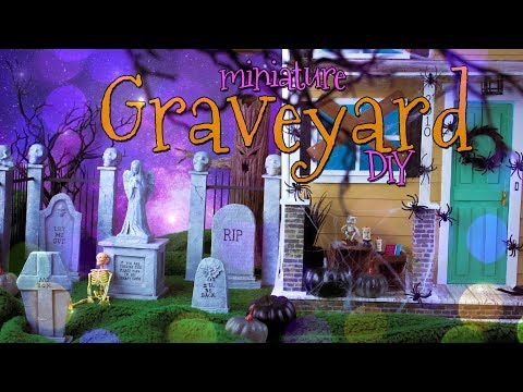 DIY - How to Make: Miniature Spooky Halloween Graveyard with Fence