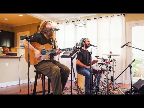 Mike Love - Moving On (HiSessions.com Acoustic Live!)