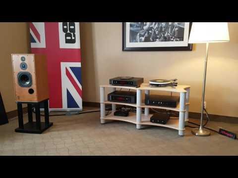 Montreal Audio Fest 2017 Harbeth - Rega Room