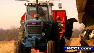 Future Chinese President Tours Iowa Farm