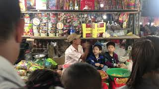 Andrey bán bánh kẹo tết 2020 Tại Chợ Thành - Nha Trang