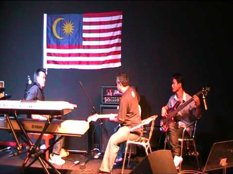 Music Malaysia - Lee Onn, Mustaffa Ramly & Muhammad - Cause We've Ended As Lovers (Jeff Beck Cover)