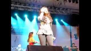 Shreya Ghoshal singing Teri Meri in New York