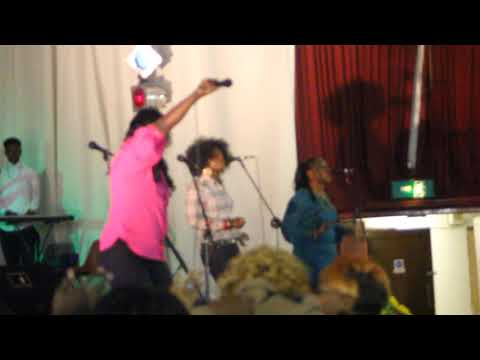 ESTHER AKAWA VIDEO CLIP