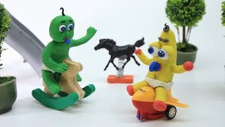 SUPERHEROES BABIES OUTDOOR PLAYTIME - Stop Motion Cartoons Play Doh Movies
