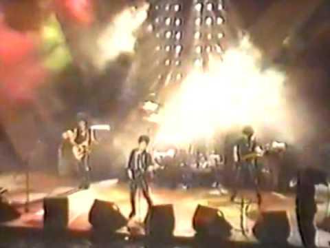 The Romantics - Talking In Your Sleep ( Live San Antonio 1984 )