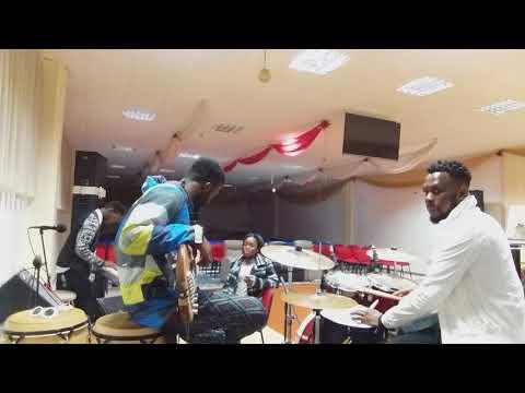 Made a way koda ft ewuramatravis Greene  rehearsal  AOG youth reggio emilia
