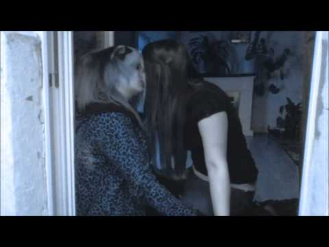 Emogirls touching and kissing with sweet Dreams from YouTube · Duration:  2 minutes 46 seconds