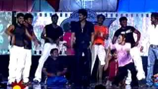 vijay dance on stage