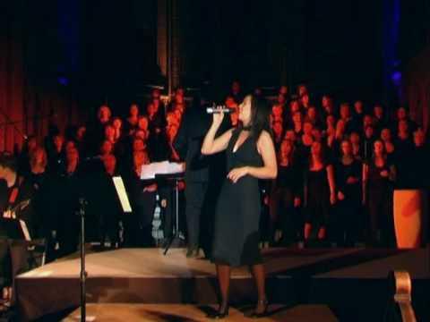 Lord hold me - Modern Gospel Choir - 2008