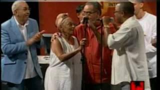 Soneros Cubanos en la Mesa Redonda: Omara Portuondo, Juan Formell, Adalberto Alvarez y más.
