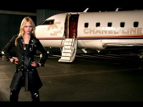 Chanel | Cruise 2008 Full Fashion Show | Exclusive