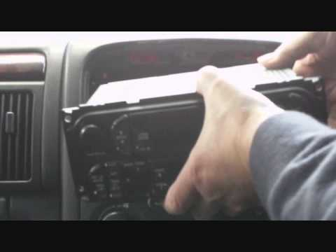 Removing the radio from a Jeep Grand Cherokee 3.1 TD year 2000