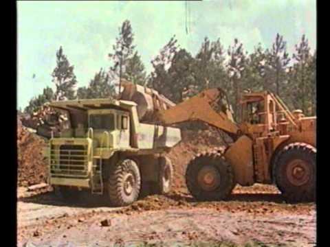 Clark-Michigan 475B Digging Overburden   FunnyDog.TV