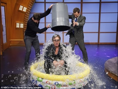Mark Zuckerberg Nominates Bill Gates On ALS Ice Bucket Challenge   VIDEO!!!