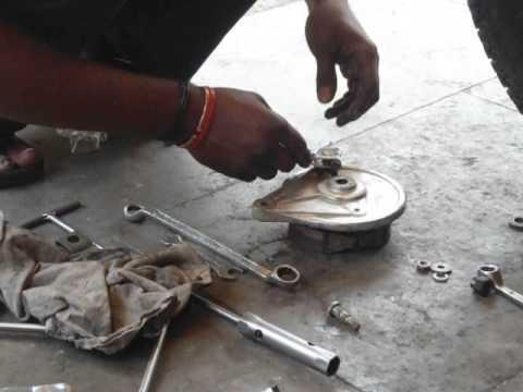 indian bike local repair worker 2)
