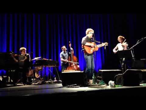 "Glen Hansard - ""Lakes of Pontchartrain"" 02/03/15"