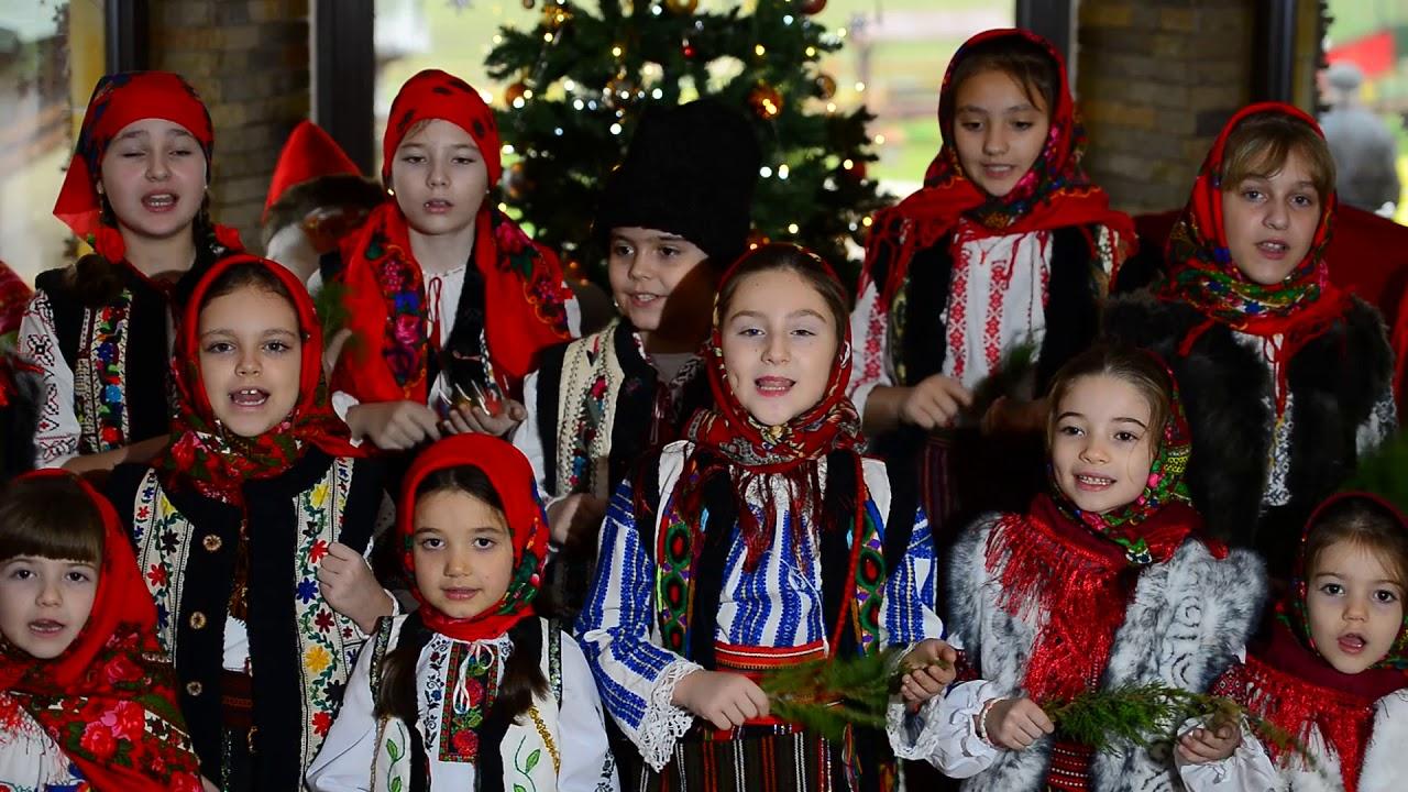 Grup mic Clubul Copiilor Pașcani - Deschide Poarta Om Bun