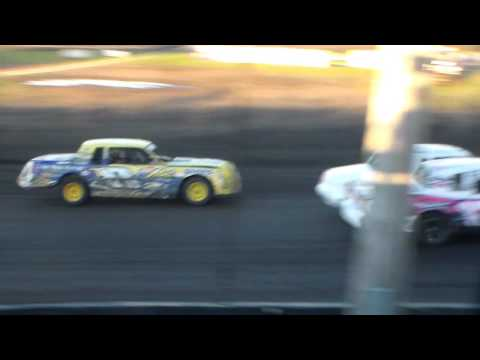 Hobby Stock Heat 3 @ Hancock County Speedway 08/13/16