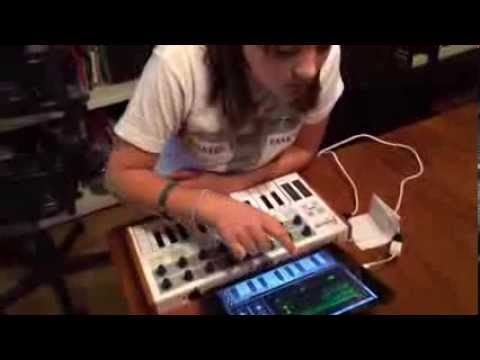 """I Kill Giants"" synth demo by 11-year old Maggie (Naked and Famous) thumbnail"
