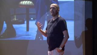 Não basta ser líder, é preciso parecer | Alexandre Monteiro | TEDxYouth@ColégioMilitarSchool