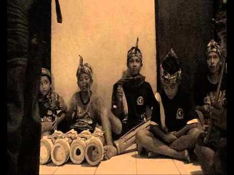 komunitas karinding sukapura (hampura ema )
