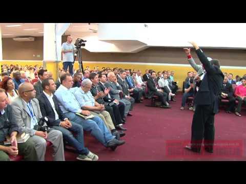 Benny Hinn - 1° Café de Pastores com o Pr Benny Hinn na Igreja Plenitude do Trono de Deus