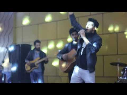 Saif Ali Khan Live Performance Edwardes Music Society Thriller 19 Edwardes College peshawar