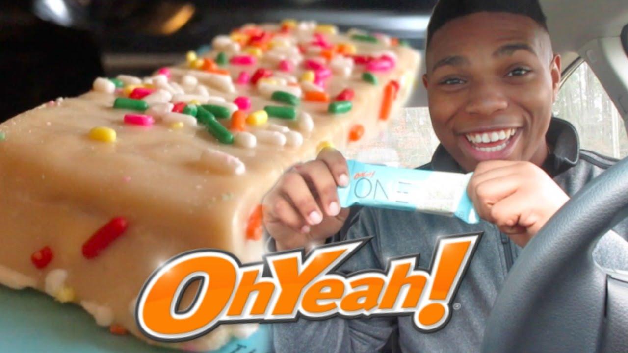 World S Greatest Protein Bar Oh Yeah One Birthday Cake Bar Youtube