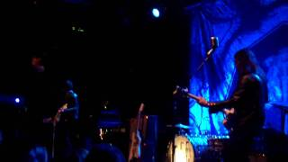 """The Dead Weather - """"No Hassle Night"""" 11-17-2009"""