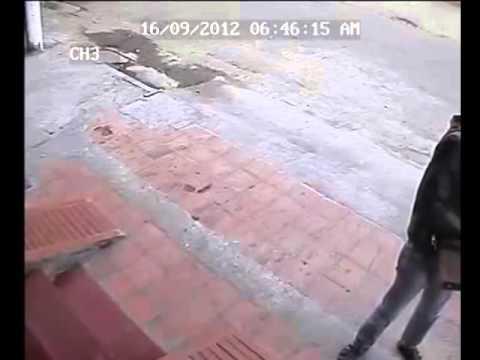 Trộm SH bỏ chạy khi xe hú còi inh ỏi
