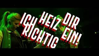 "Peggy Sugarhill & Rockemarieche - ""Jeckes Ding!"" (Official Lyrical-Translation-Video)"