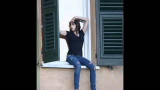 Lola Leon Ciccone