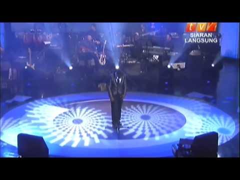 Carefree (penampilan khas) Live Telecast TV2 3rd Nov2012.