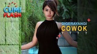 Download Video Lagi Renang, Vitalia Sehsa Digerayangi Cowok dari Belakang - CumiFlash 20 November 2018 MP3 3GP MP4