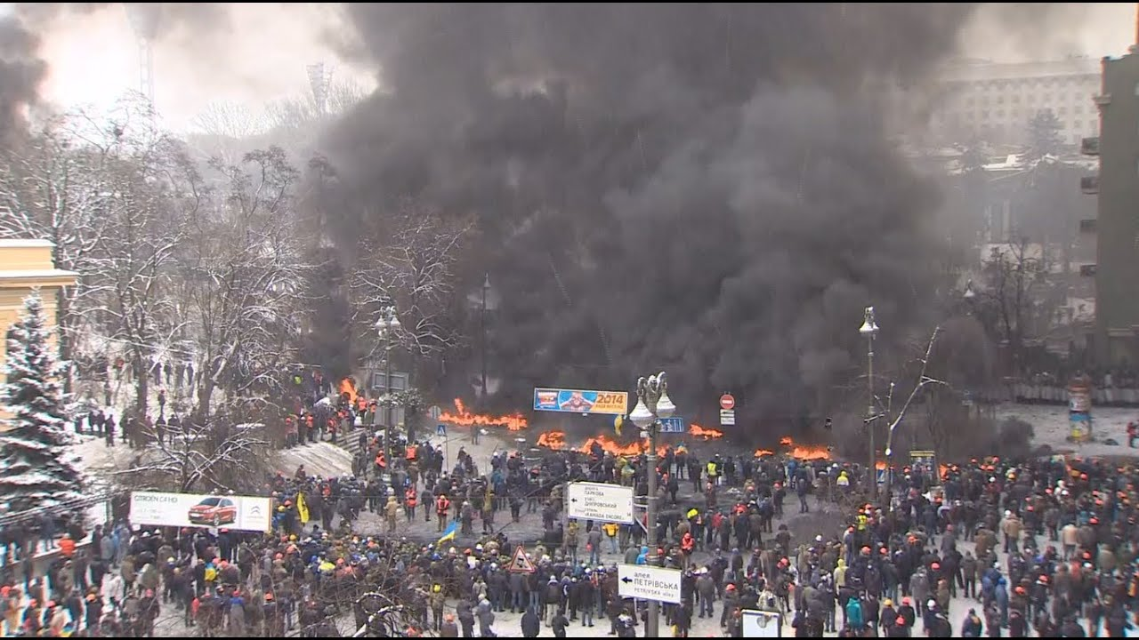 kiev war zone mass riots in ukraine on january 22 youtube
