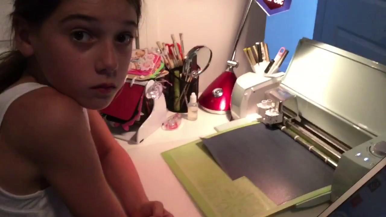 Ella makes a Tshirt with Cricut Explore Air 2 and Cricut BrightPad