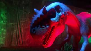 Фидель на шоу динозавров в детском мире на Лубянке