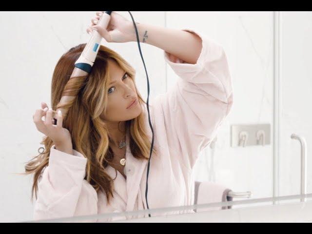 92be7dee22e7 Caroline Receveur   Wavy Hair   Son tuto pour des boucles parfaites