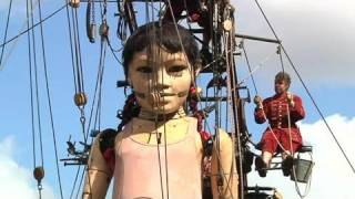 Royal de luxe voit les marionnettes en grand