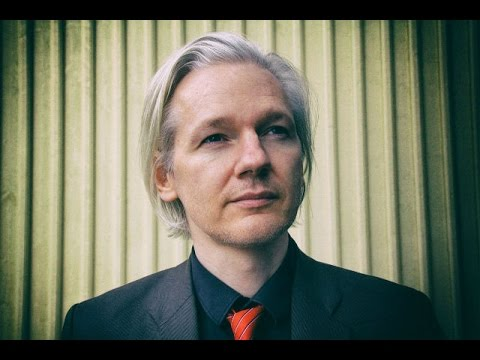 LIVE: Julian Assange Ecuadorian Embassy Exit  - Truthloader